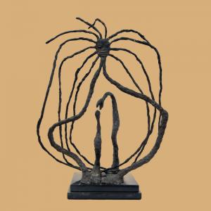 Escultura de Maria Martins
